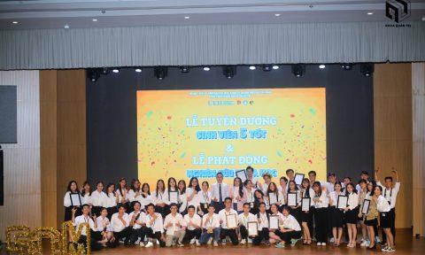Lễ Tuyên dương SV 5 tốt 2020 & Lễ Phát động NCKH 2021 của Khoa Quản trị
